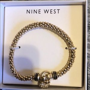 Nine West goldstones bracelet with dangle heart